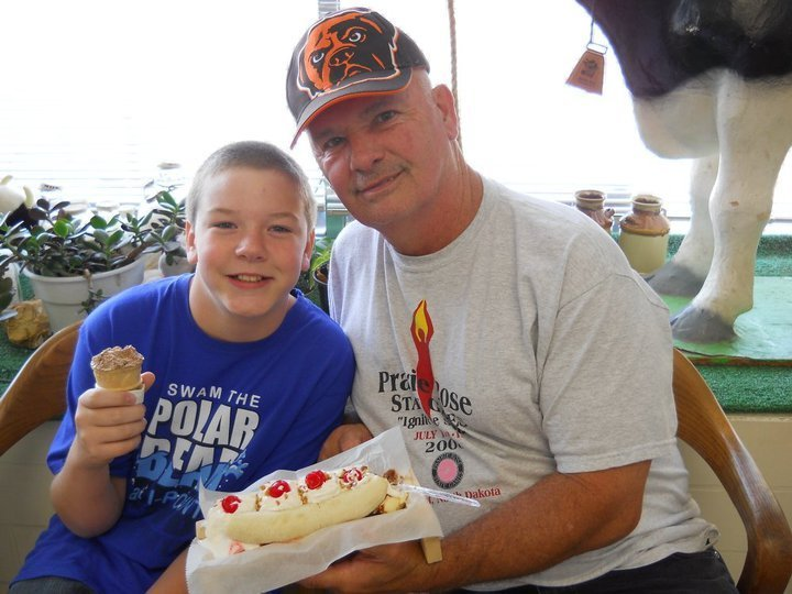 Sharing a banana split at Pride Dairy ice cream parlor in Bottineau ND (courtesy Pride Dairy on Facebook)