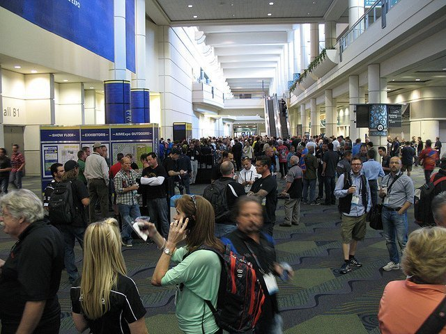 Busy trade show floor (courtesy John Siebenthaler at Flickr CC)