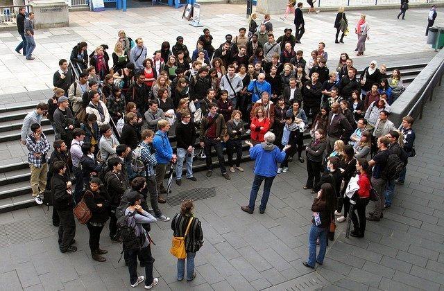 Tourism currents social media marketing for group tour operators - Tour de potier manuel ...