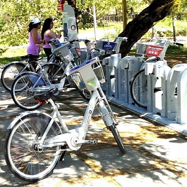 B-cycle bike station in San Antonio (photo by Sheila Scarborough)
