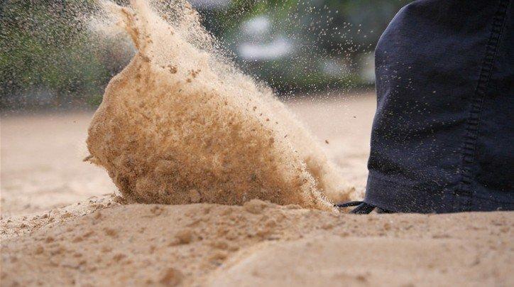 Kick start your tourism blog (Kick in the Sand photo courtesy Yoram Schaffer on Flickr CC)