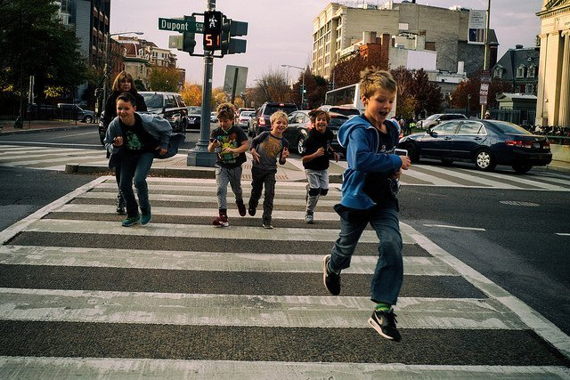 City kids in Dupont Circle, Washington DC (courtesy Mike Maguire on Flickr CC)