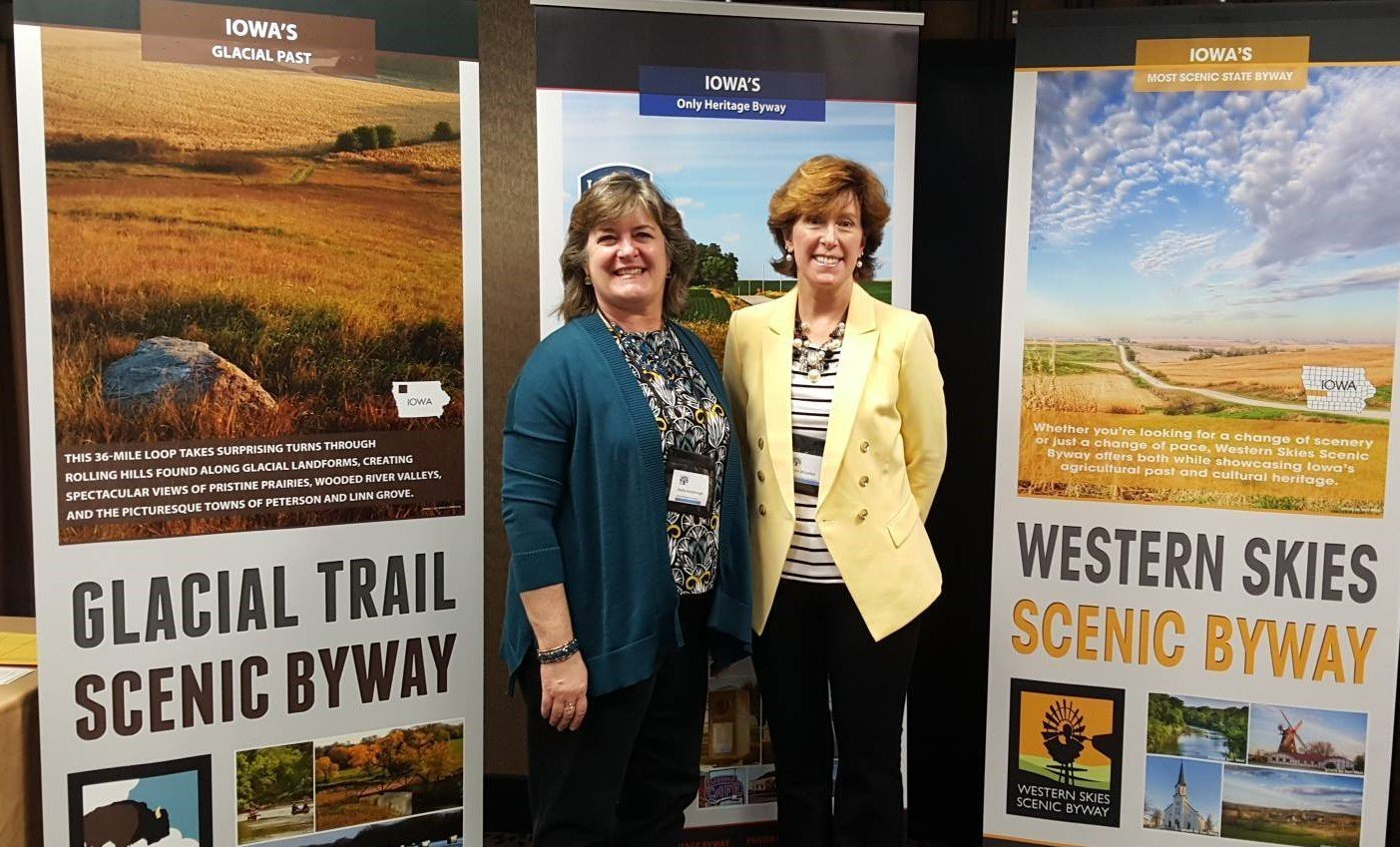 Consulting and coaching in social media for tourism Sheila and Leslie Tourism Currents at Heartland Byways conference 2016